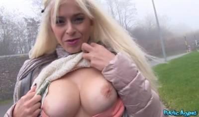 Seks Xxx Blondinka Siski